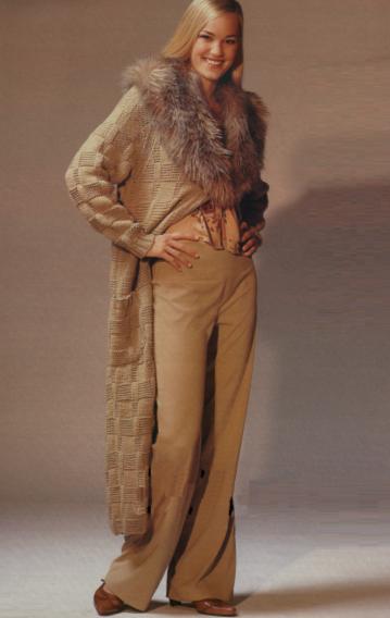 Пальто вязанного меха